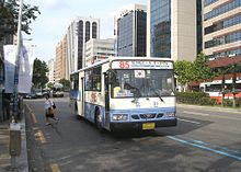 https://upload.wikimedia.org/wikipedia/commons/thumb/5/53/Busan_City_Bus_85.jpg/220px-Busan_City_Bus_85.jpg